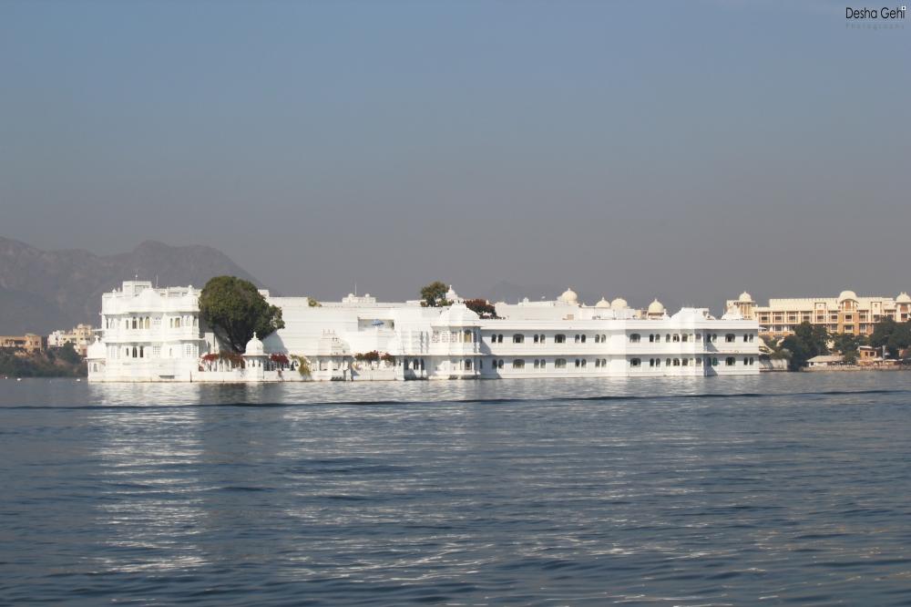 Lake Palace (2)