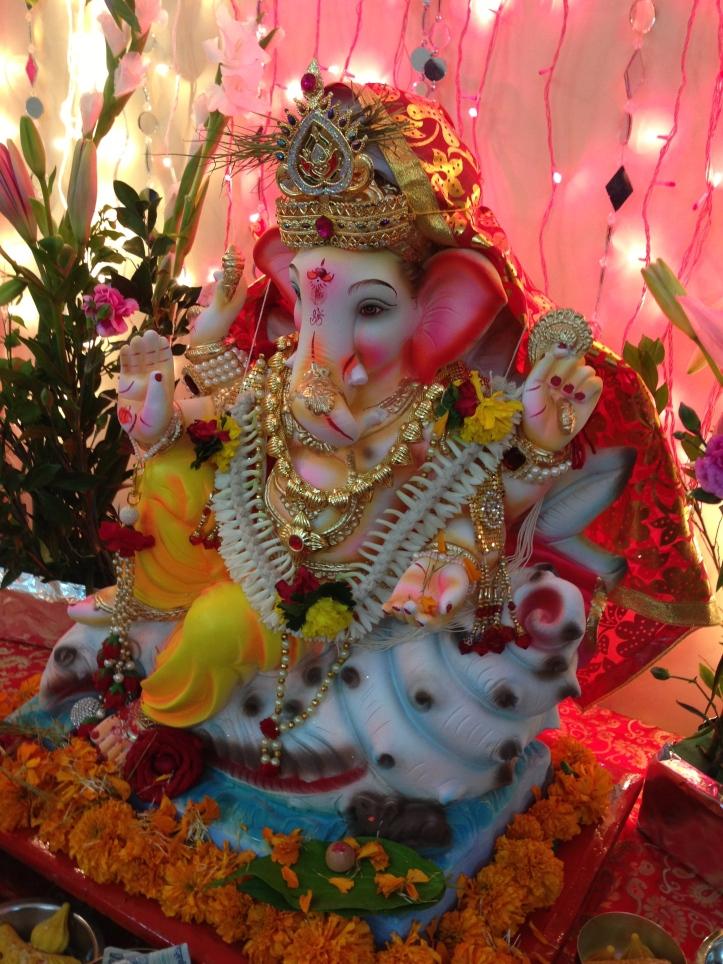 Ganesh idol (4)