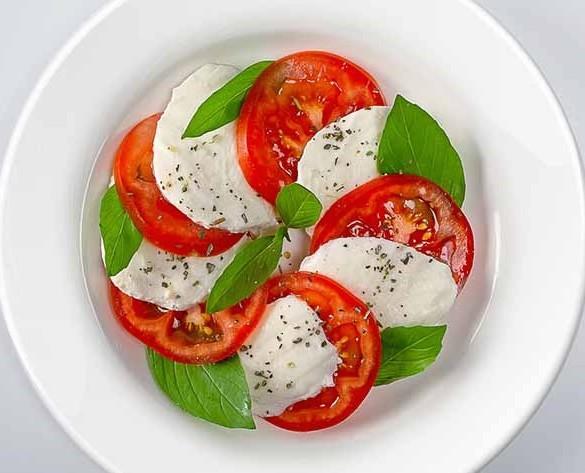 caprese_salad_-_664x_664_664x457-crop